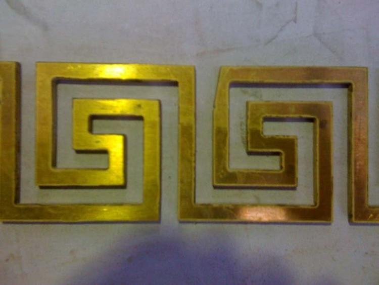 005 Орнамент, выполненный из латуни толщиной 5 мм